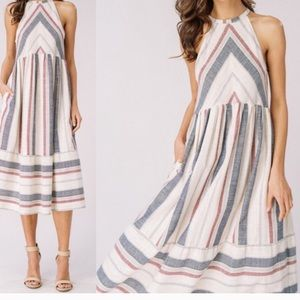 Dresses & Skirts - NWOT💕Gorgeous Summer Must Have Midi Dress